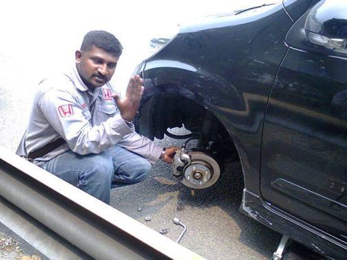 mechanic honda